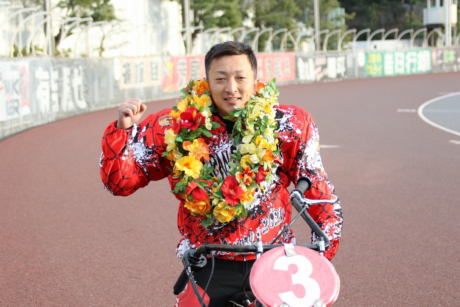 浜松オート【SG】「第34回全日本選抜オートレース」優勝荒尾聡選手